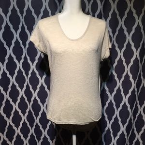 Body central, slightly sheer, s/s cotton top